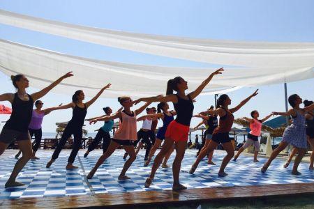 Diagonal ballet dance