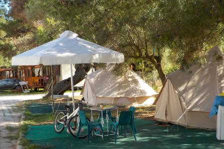 Простые палатки на 4-х человек