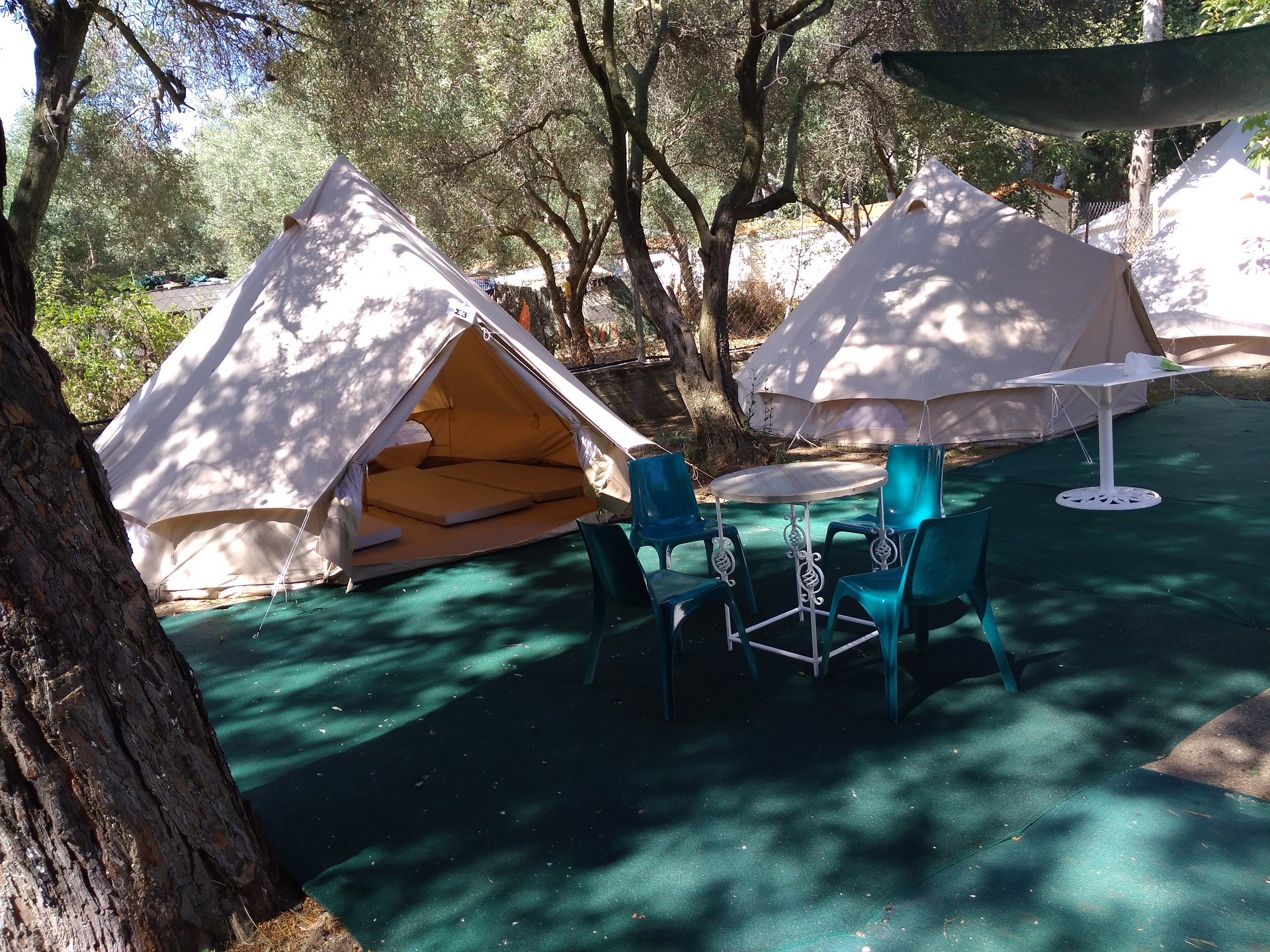 Simple Tents of 4 persons are located approximately 1-15min. far from the beach and consist of & Simple Tents 4 persons - RENTAL ACCOMMODATIONS -Thalatta kalamitsi ...